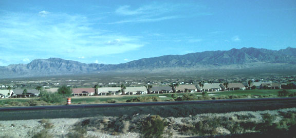 DesertGolfCommunity(bl).jpg