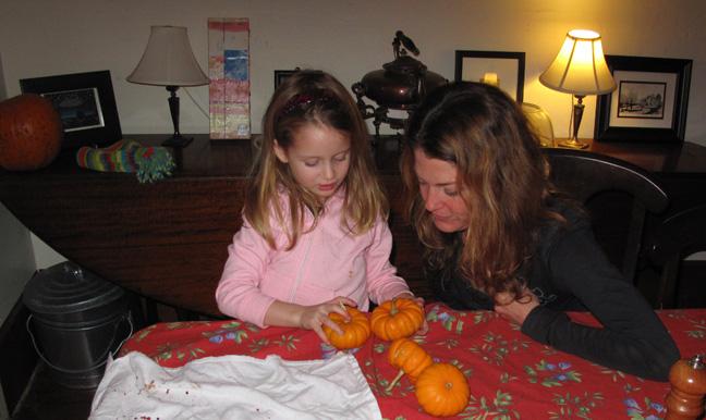 LucyAnnieMiniPumpkins(bl).jpg