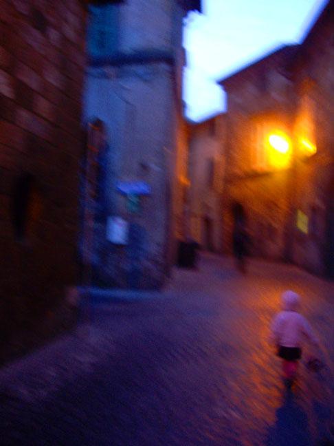 LucyOrvietoStreet1(bl).jpg