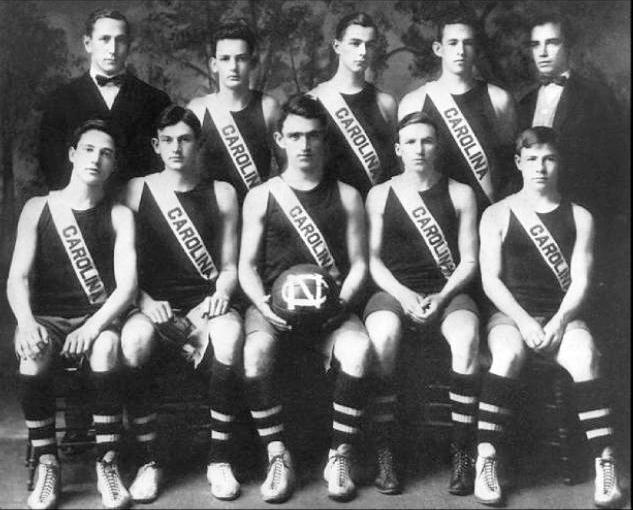 North_Carolina_Tar_Heels_Men's_Basketball_1911.jpg