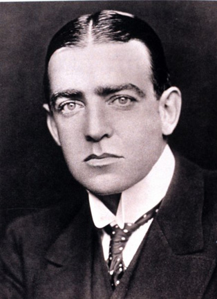 Shackleton(bl).jpg