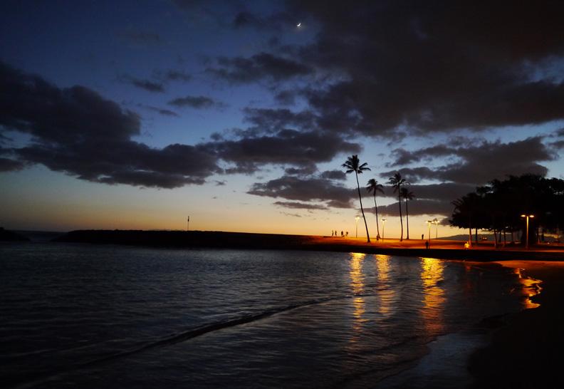 SunsetHonoluluHSF(bl).jpg
