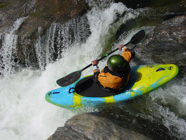 kayaking-full.jpg